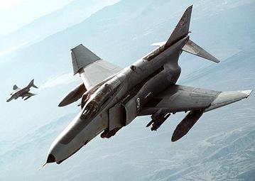 F-4_Phantom_II_2