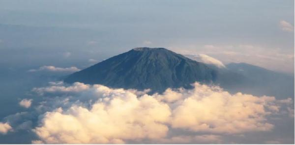 Gunung Slamet - Panoramio