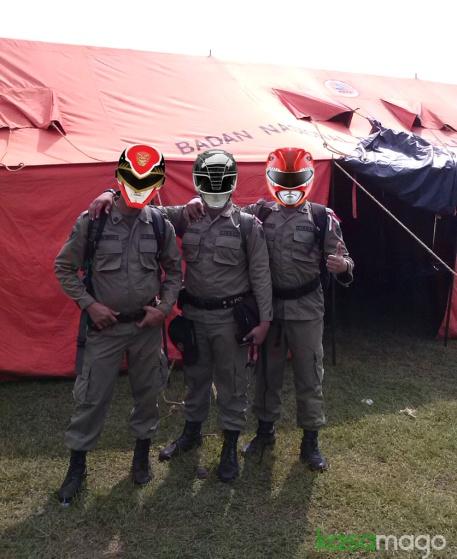 ( ) Special Comands Group , Pasukan khusus Linmas yang hanya diterjukan saat kondisi darurat.
